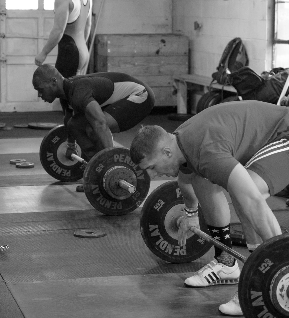 men-warwick-new-york-intrepid-strength-conditioning-winter-open-weightlifting-meet-weightlifting-photography (11 of 24).jpg