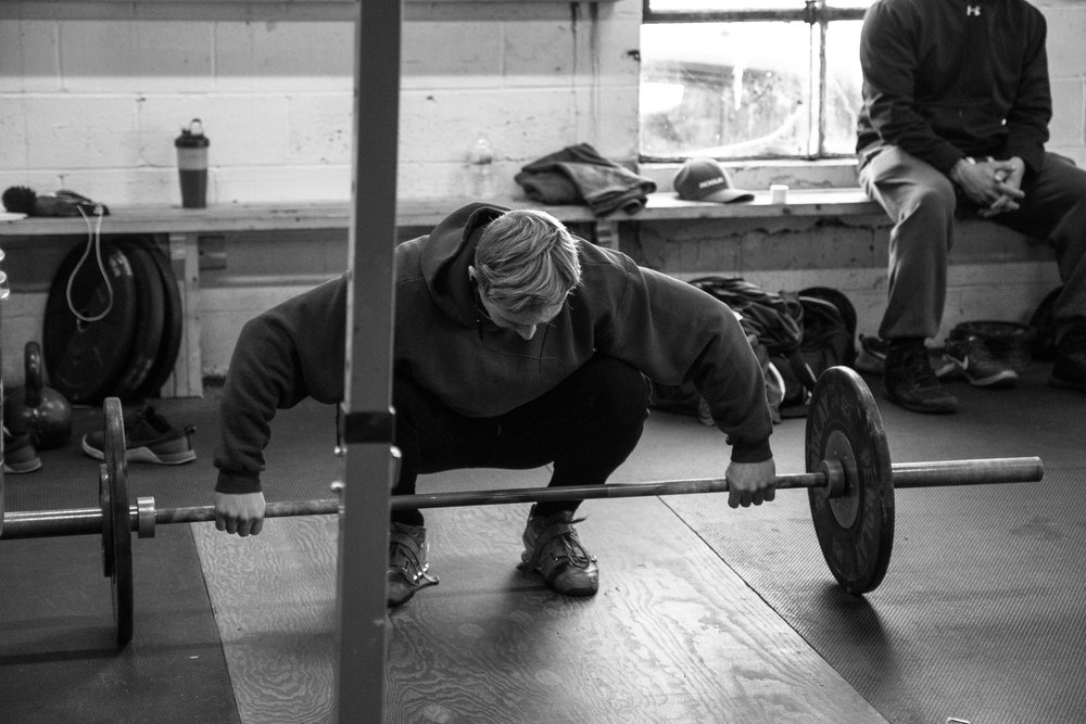 men-warwick-new-york-intrepid-strength-conditioning-winter-open-weightlifting-meet-weightlifting-photography (5 of 24).jpg
