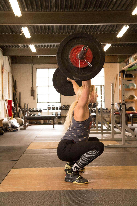allie-weightlifter (10 of 16).jpg