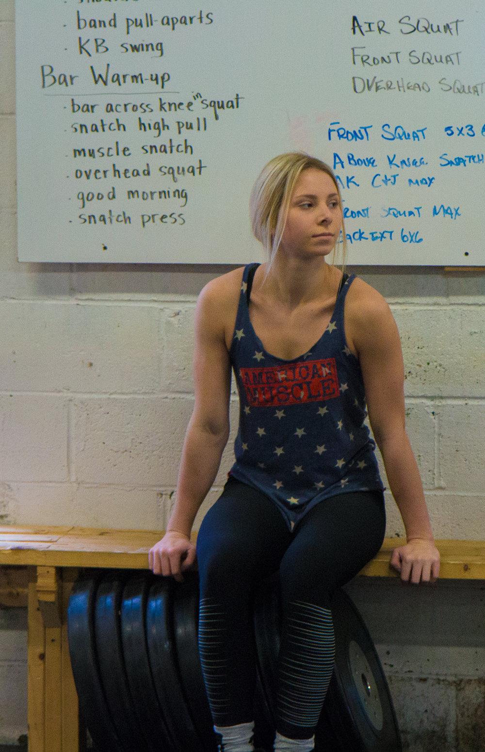 allie-weightlifter (13 of 16).jpg