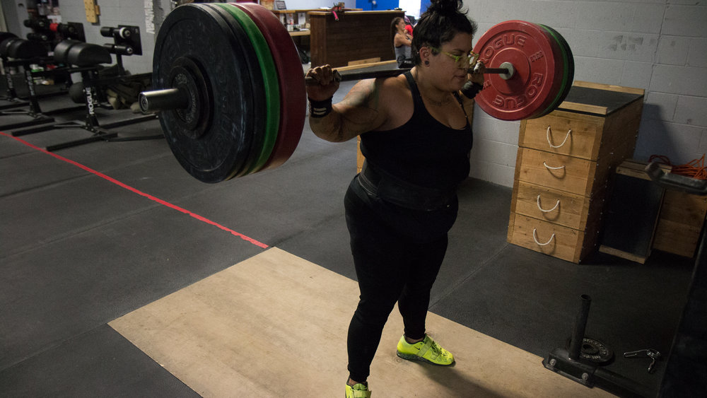 gina-crossfit-redzone-featured-everyday-lifters-viviana-podhaiski-photos (9 of 13).jpg
