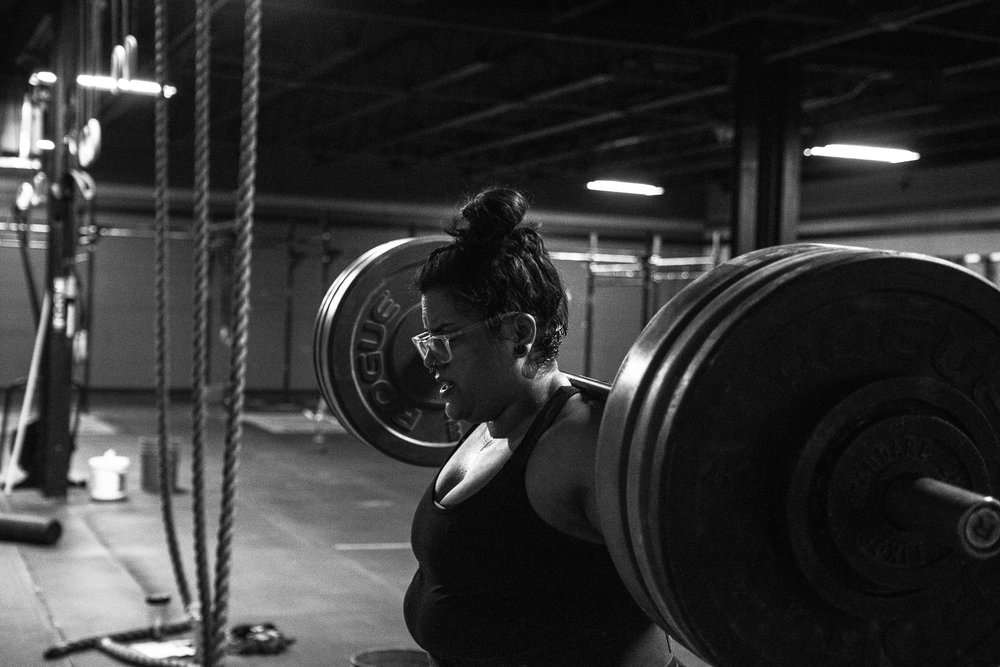 gina-crossfit-redzone-featured-everyday-lifters-viviana-podhaiski-photos (7 of 13).jpg