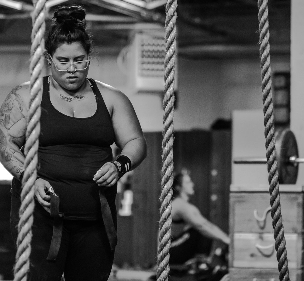 gina-crossfit-redzone-featured-everyday-lifters-viviana-podhaiski-photos (6 of 13).jpg