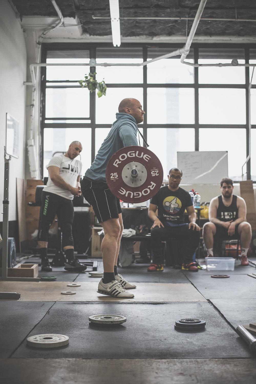 yasha-kahn-weightlifting-coach-25.jpg