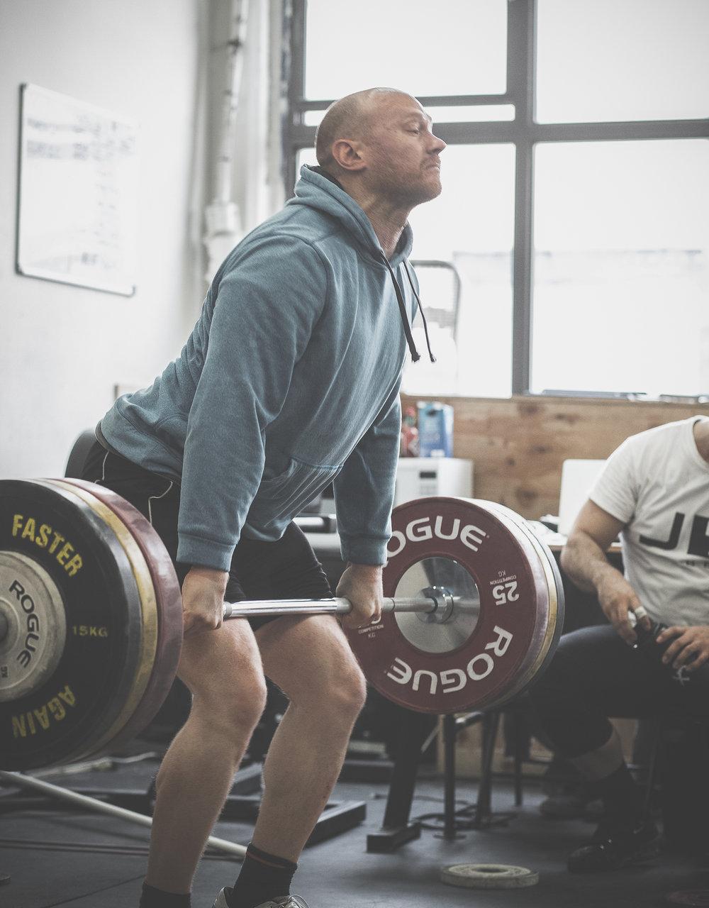 yasha-kahn-weightlifting-coach-7.jpg
