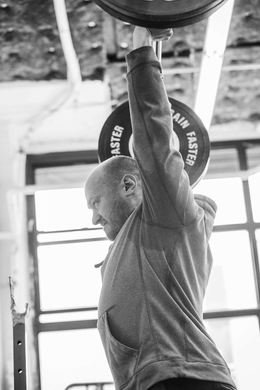 yasha-kahn-weightlifting-coach-3.jpg