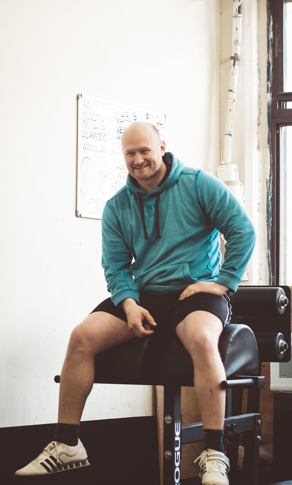 yasha-kahn-weightlifting-coach-2.jpg
