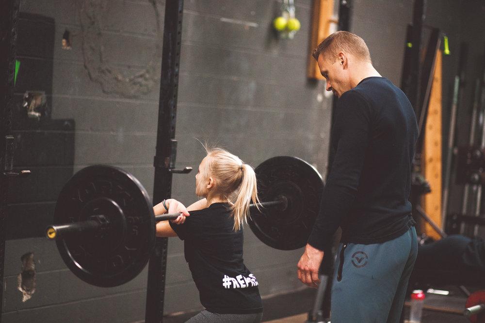 swistak-daughter-female-weightliters.jpg