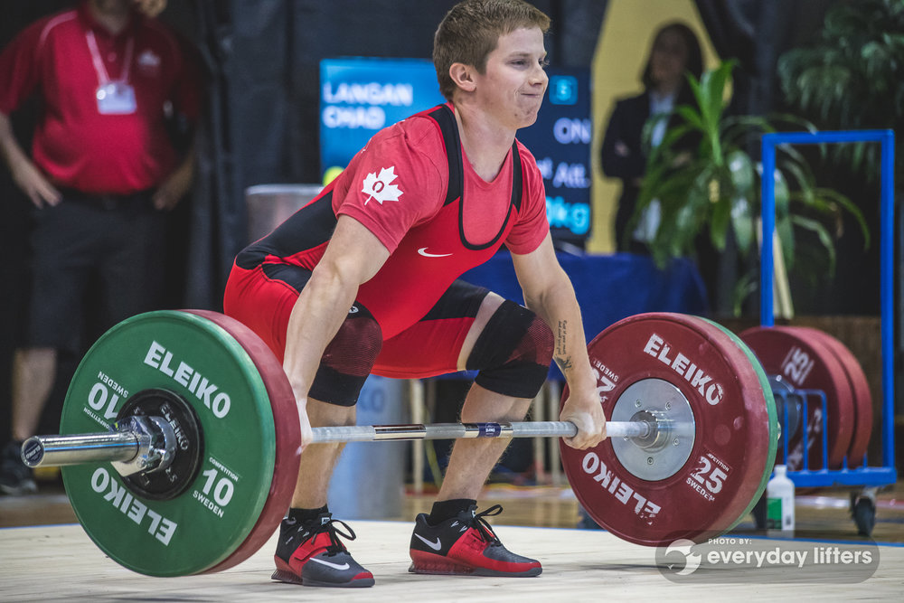 canadian-weightlifters-warming-up-halterofilia-olympic-weightlifting-photos-24.jpg