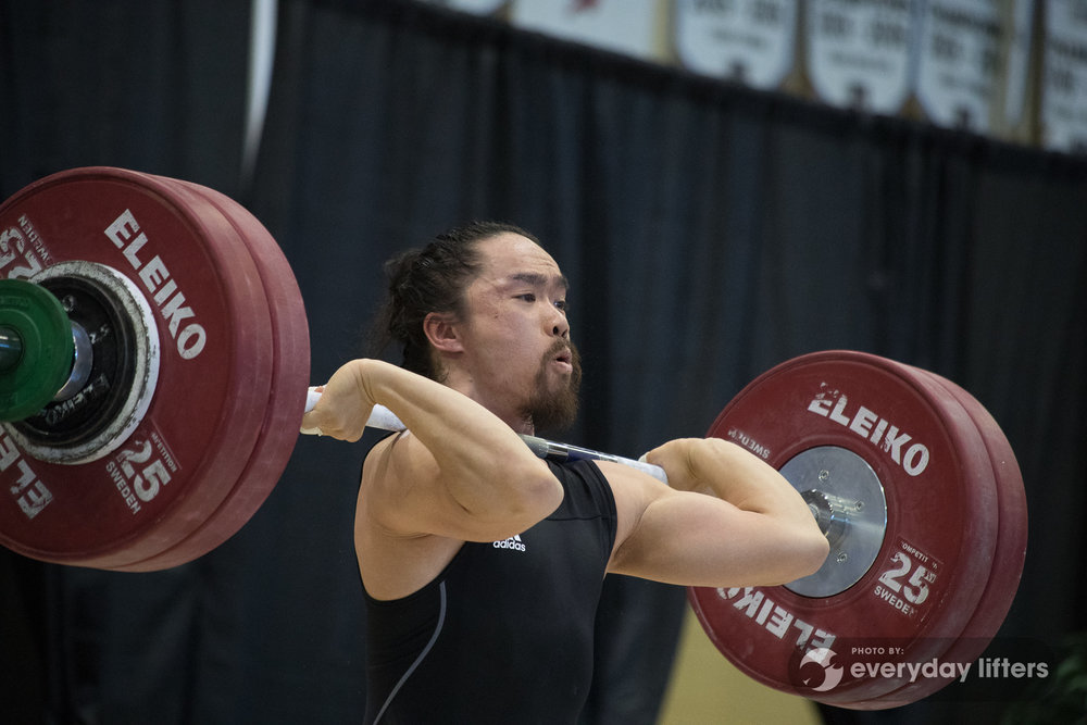 canadian-weightlifters-warming-up-halterofilia-olympic-weightlifting-photos-17.jpg