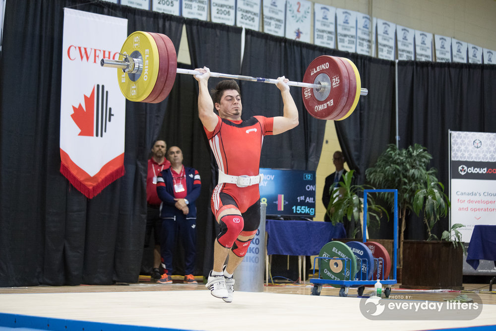 canadian-weightlifters-warming-up-halterofilia-olympic-weightlifting-photos-15.jpg