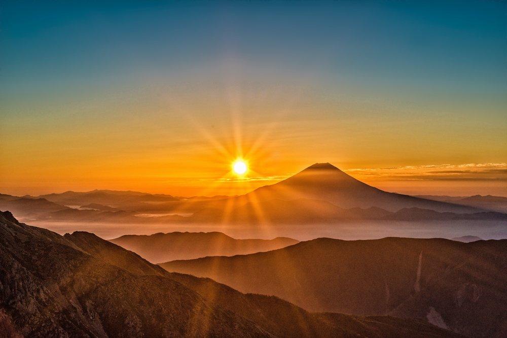 sun-mt-fuji-japan-landscape-407039.jpg