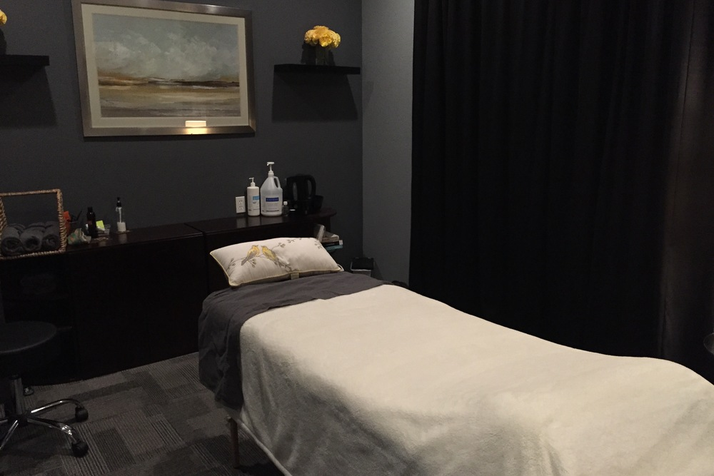 massage therapy room