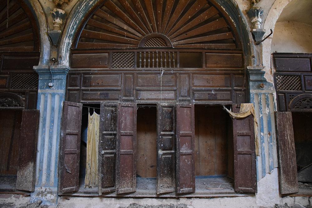 Mokime synagogue ark. Mokime, Tunisia