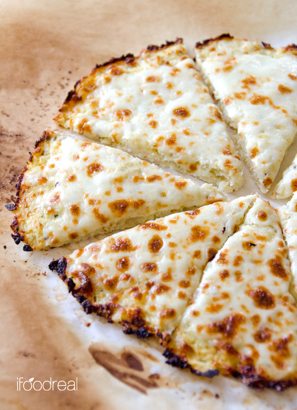 cheese-pizza-cauliflower-pizza-crust-recipe.jpg