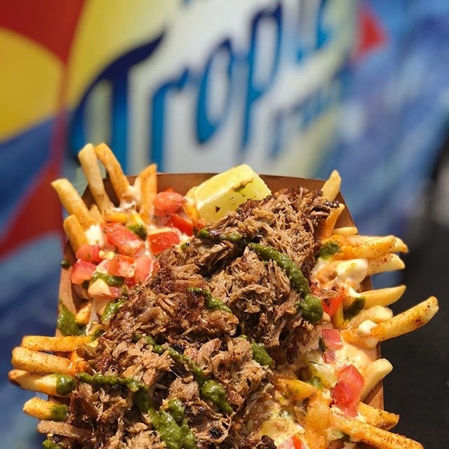 Caribbean Roasted Pork Fries kinda day #thetropictruck #caribbeanfood #wecater #foodtruck