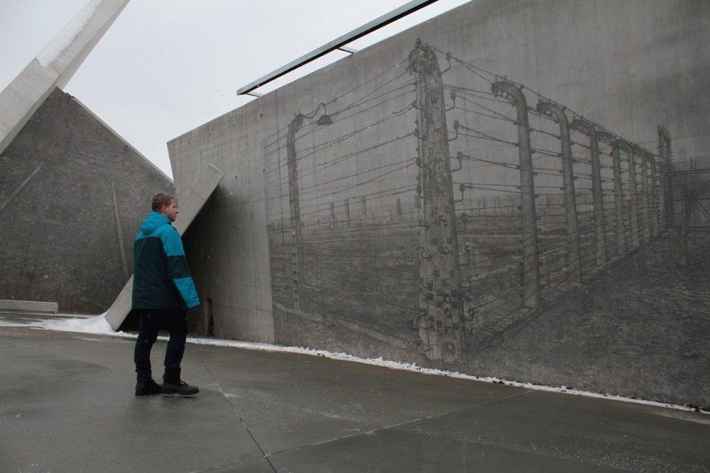 pg03-n-holocaust-1-1024x683.jpg