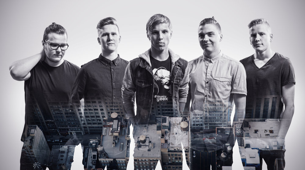 Yksi Perfect Soundin promokuvista, alettiin näyttää jo bändiltä?