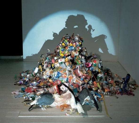 Sue_Webster_Tim_Noble_shadow_sculpture_2