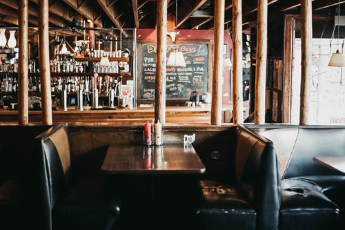 *Linda's Tavern