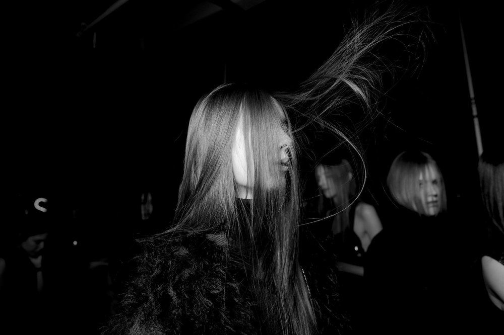 09-kevin-tachman-backstage-philip-lim-fall-2016-rtw.jpeg