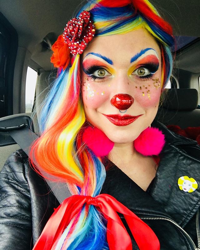 On my way to perform with @taintedcabaret from NYC at @uptownartsbar tonight at 7! There's still time to get here!! Xoxoxox, @theanniecherry #clown #burlesque #vaudeville #sexclown #anniecherry