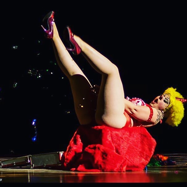 Houston, Texas, @theanniecherry is coming for you this Friday night! She's headlining @demdamndames Cirque du SoWeird!! #houston #burlesque #clown #sexclown #anniecherry #texasburlesque #demdamndames #cirquedusoweird #clowngasm #confetti #femaleejaculation #🤡 Photo by Steve Thompson