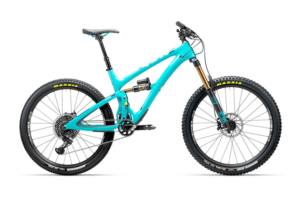 Thanks to innovations in carbon technology, Yeti is able to build a frame tough enough to handle the rigors of enduro racing, lift days in the park and still light enough to slog out big miles in the backcountry.