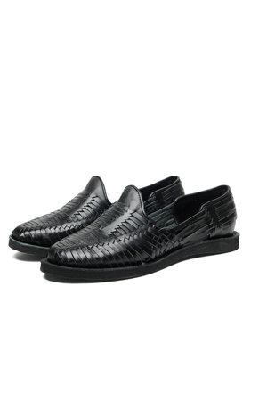 01d414daad Men s Footwear — CHAMULA