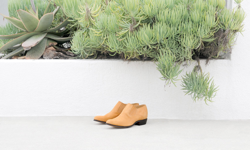 2018 fall collection - boots. booties. mules.