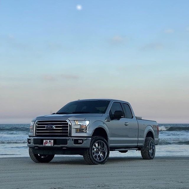 @silver_5.0_  showing off a set of our 742C Kickstand wheels on his F150.  #gearalloy #atdwheels #f150 #gearoffroad