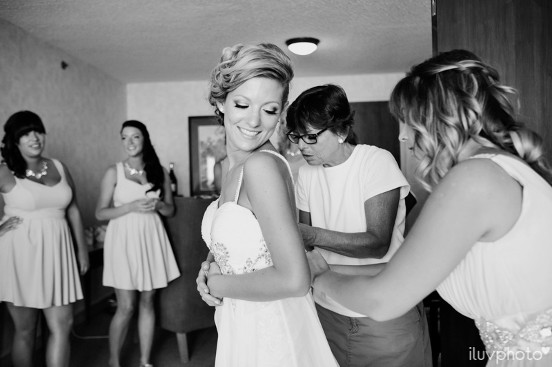 005_iluvphoto_chicago_candid_wedding_photographer_