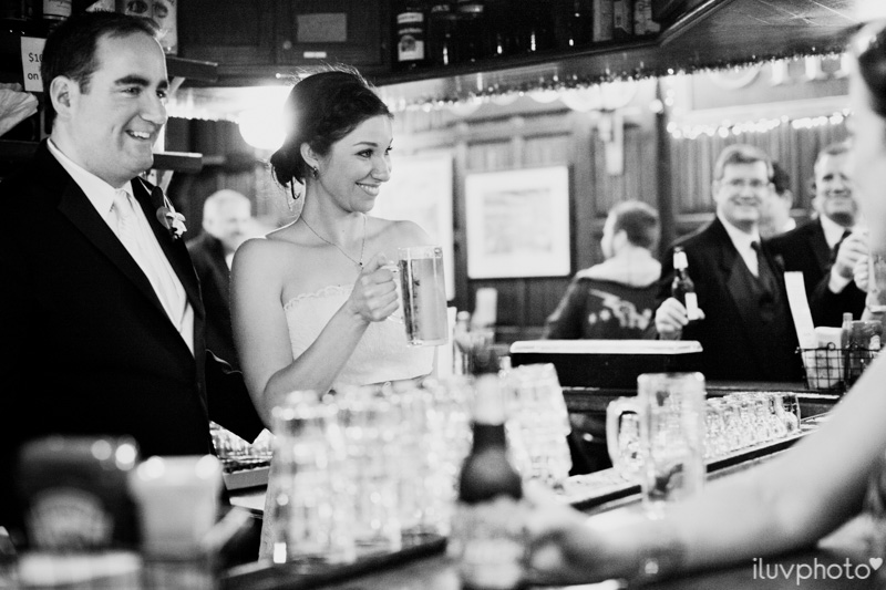 096_iluvphoto_chicago_candid_wedding_photographer_