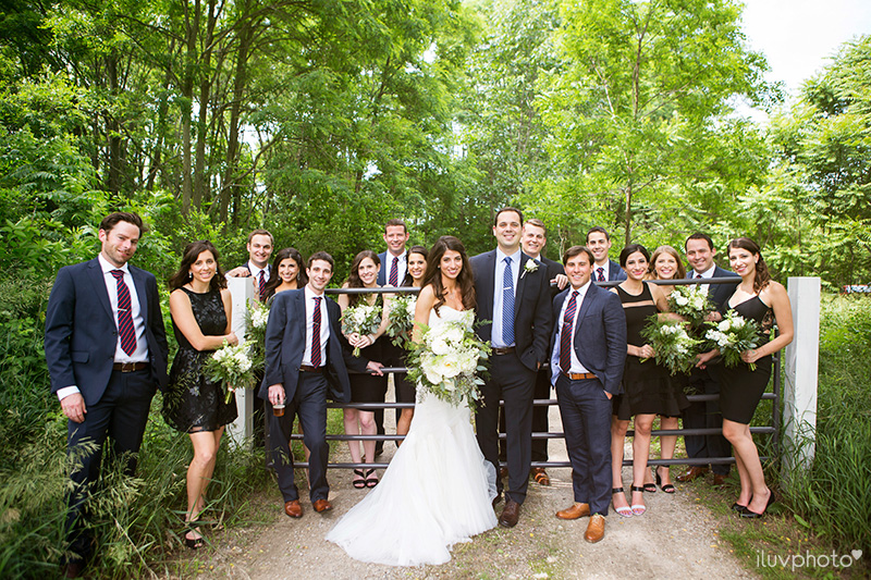 11_iluvphoto_Blue_dress_barn_wedding_reception_outdoor_ceremony_photographer