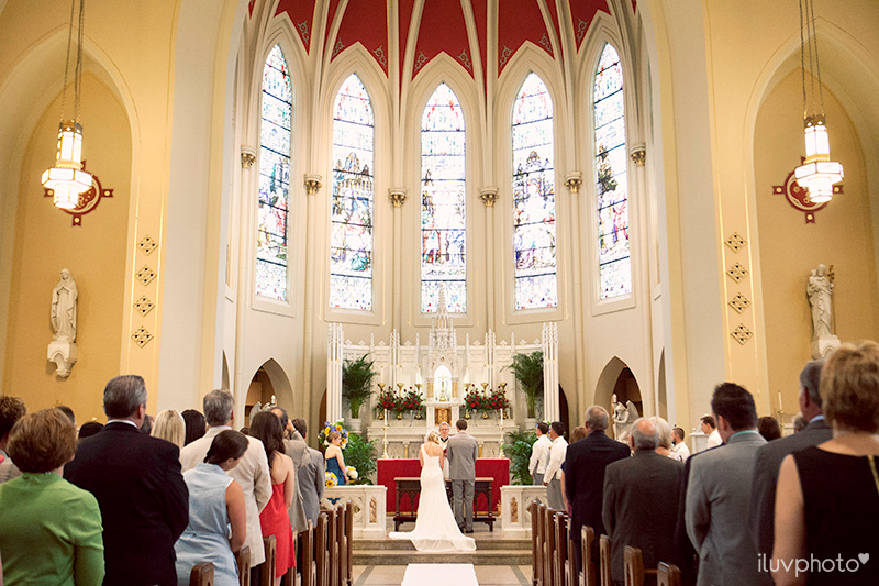 11_iluvphoto_naperville_Saints_peter_and_paul_catholic_church_wedding