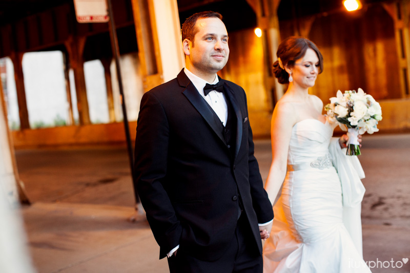 124_iluvphoto_chicago_candid_wedding_photographer_