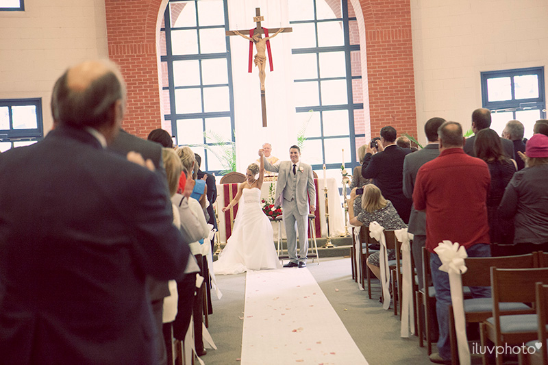 16-ilovephoto-iluvphoto-St. Matthew Catholic Church-wedding