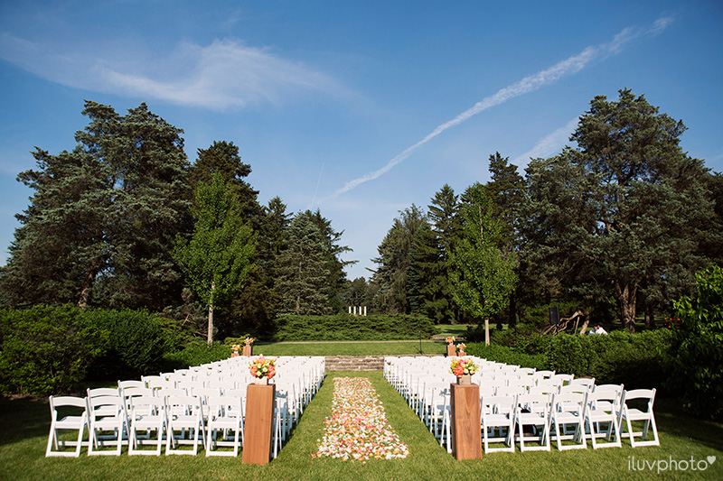 16iluvphoto_morton_arboretum_wedding_chicago_outdoors_ceremony