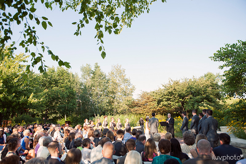 19-iluvphoto-Independence Grove-wedding-photography-outdoor-ceremony-chicago