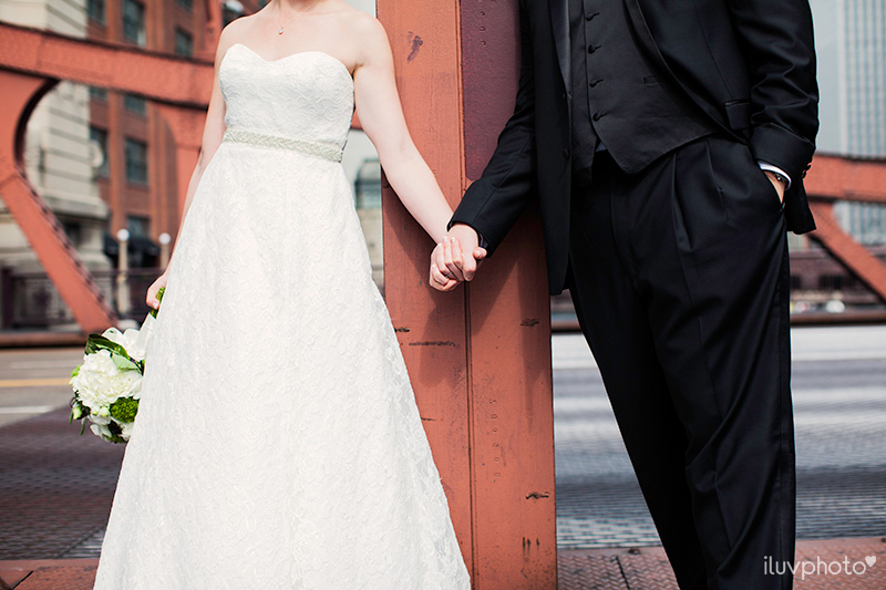 20_iluvphoto_downtown_chicago_wedding_photographer