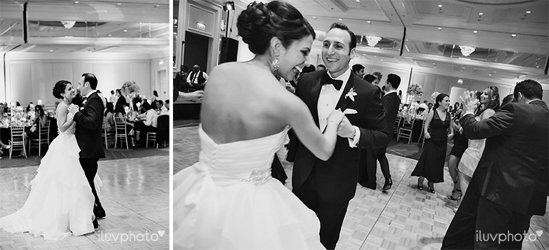 22_Chicago_downtown_wedding_city_River_walk_Renaissance_hotel
