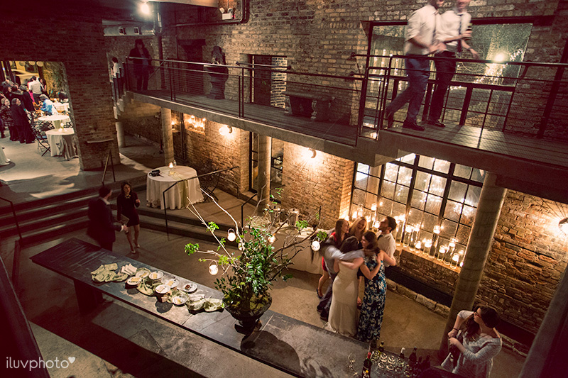 26-iluvphoto-a-new-leaf-chicago-wedding-venue-photography-candid