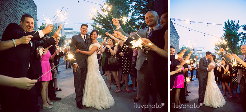 31_iluvphoto_chicago_fourth_of_july_wedding_prairie_productions_city