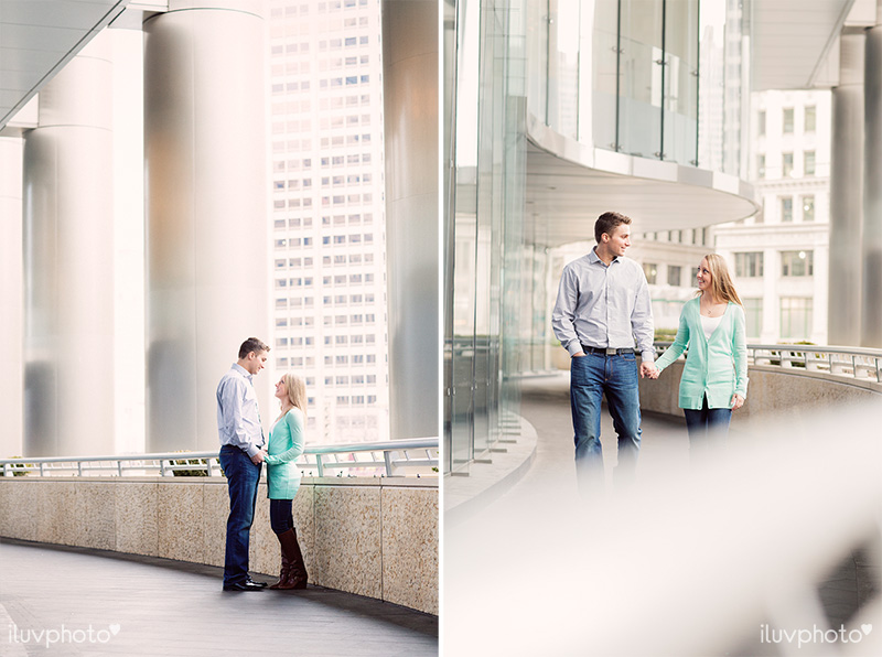 iluvphoto_ilovephoto_Chicago_riverwalk_downtown_engagement_session_01