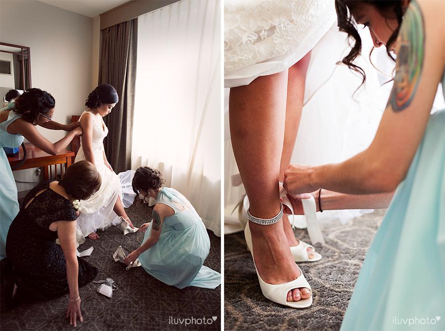 04_Brookfield_Zoo_wedding_Chicago_iluvphoto_photographer_candid_natural.jpg