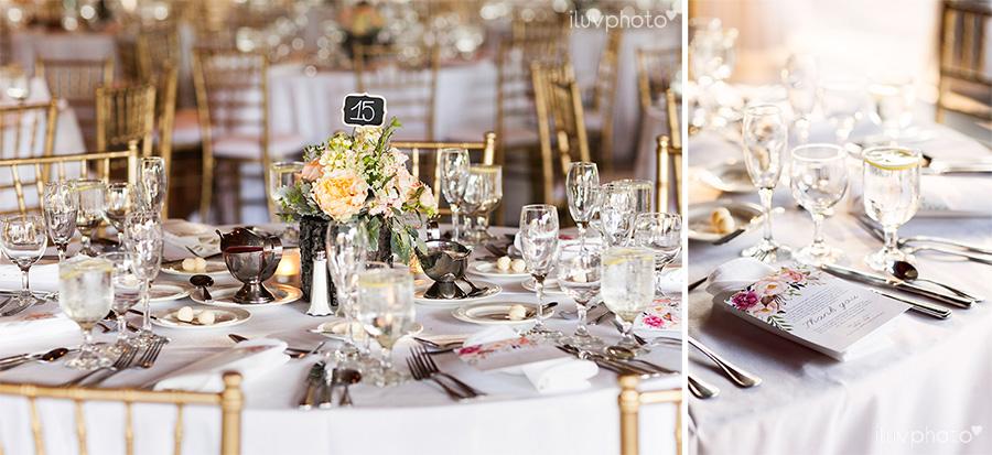 29_Brookfield_Zoo_wedding_Chicago_iluvphoto_photographer_candid_natural.jpg