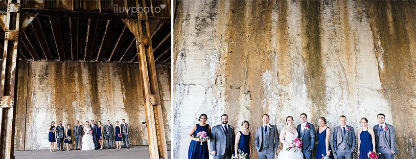 21_iluvphoto_chicago_wedding_downtown_revolution_Brewing.jpg