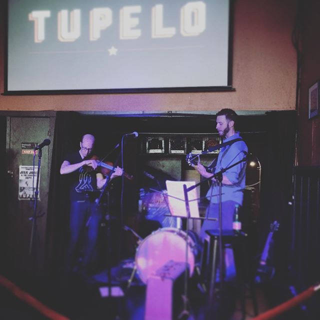 The men taking a little duet time. Thanks for having us, @tupelo_sf! . . . #livemusic #northbeachsf #tupelosf #violin #bouzouki