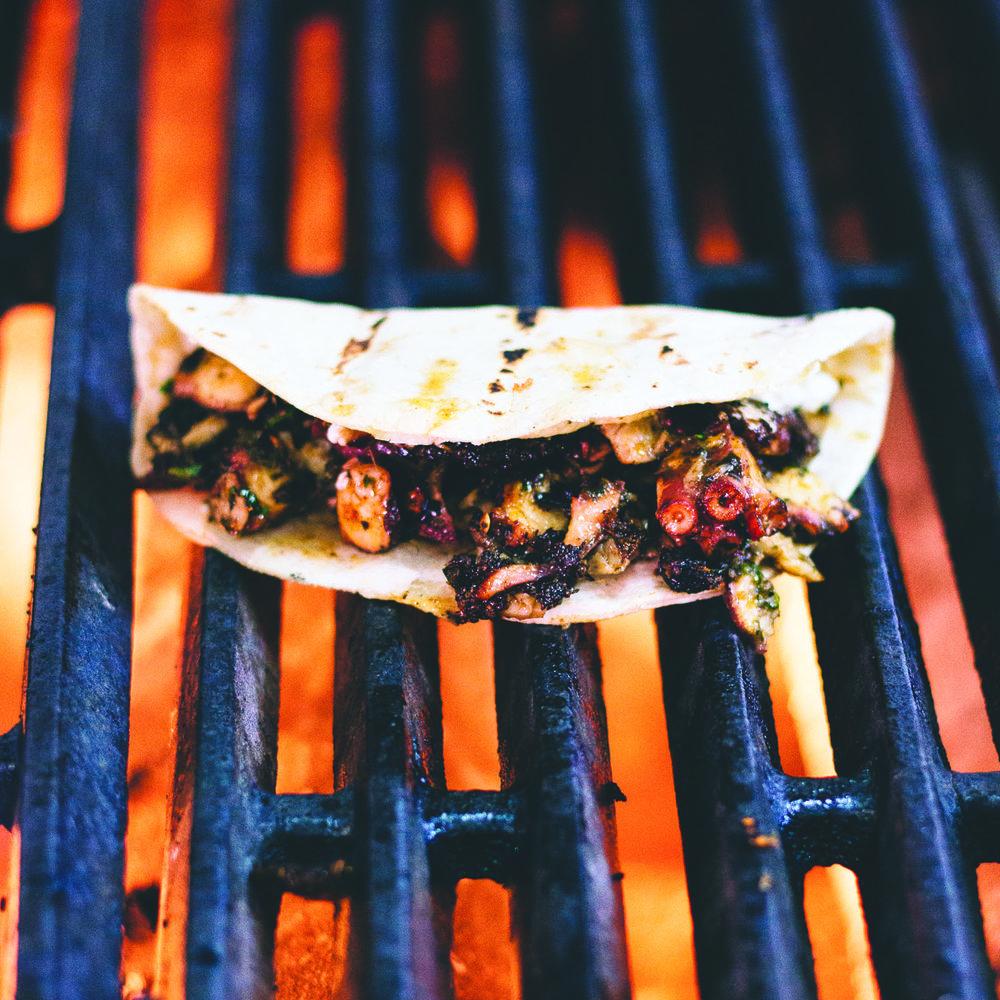 ERIZO - Cocina de Mariscos Estilo Tijuana