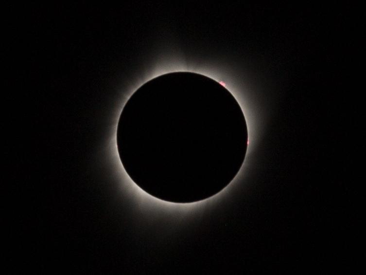 totality-2.jpg